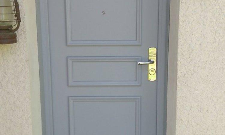Différents types de portes d'entréeà Clermont-Ferrand et sa région